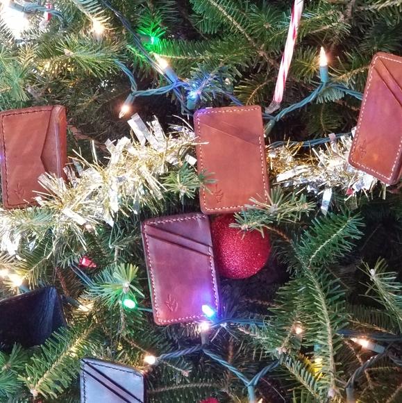 Large Weekender Carry-on Pine Tree Presents Ambesonne Christmas Gym Bag